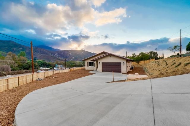 3115 Pine Ln, Spring Valley, CA 91978