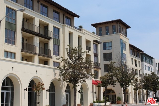 75 W WALNUT Street 318, Pasadena, CA 91103