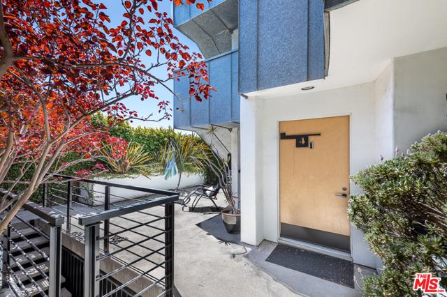3. 2318 2nd Street #4 Santa Monica, CA 90405