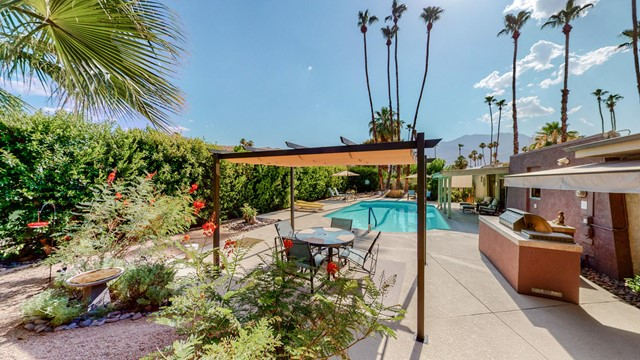 33. 5337 E Lakeside Drive Palm Springs, CA 92264