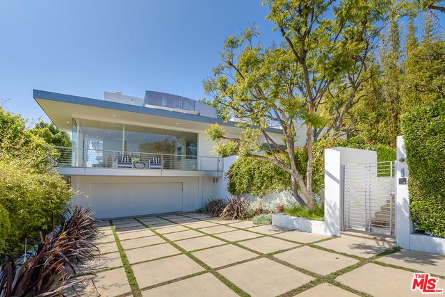 10909 Savona Rd, Los Angeles, CA 90077