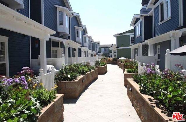 235 Aviation Place, Manhattan Beach, California 90266, 3 Bedrooms Bedrooms, ,2 BathroomsBathrooms,For Rent,Aviation,20661098