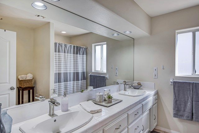 25. 8628 San Vicente Drive Yucca Valley, CA 92284
