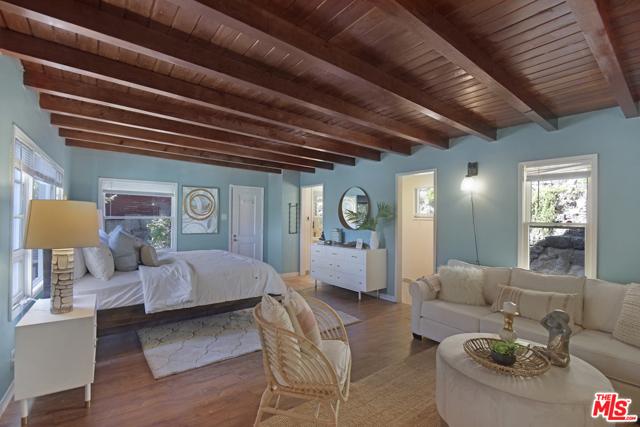 Beam ceilings