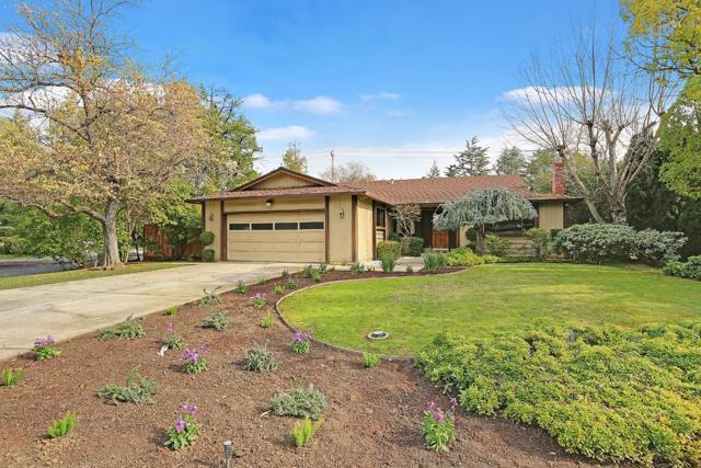 13568 Debbie Lane, Saratoga, CA 95070