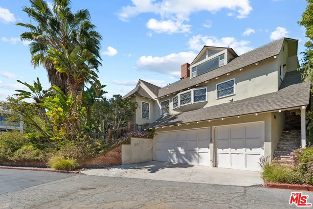 1320 Londonderry, Los Angeles, California 90069, 3 Bedrooms Bedrooms, ,3 BathroomsBathrooms,Single family residence,For Lease,Londonderry,21716346