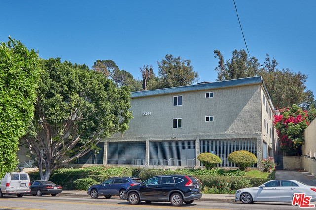 2344 FLETCHER Drive 215, Los Angeles, CA 90039