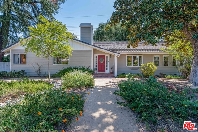 5442 Wilbur Avenue, Tarzana, CA 91356