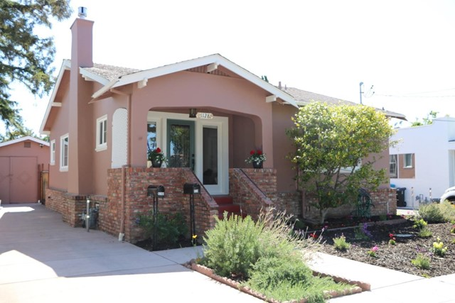 1128 Cleveland Street, Redwood City, CA 94061