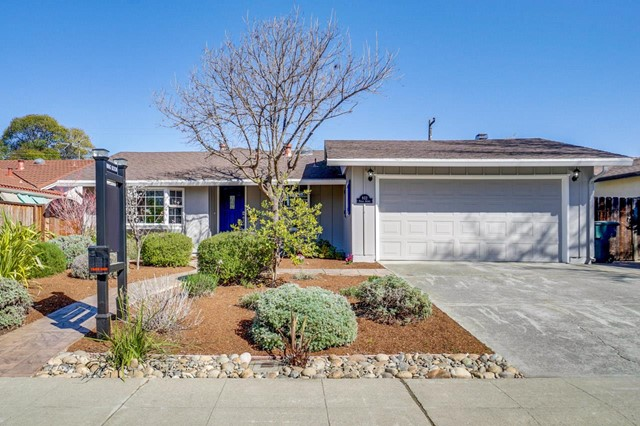 932 Poplar Avenue, Sunnyvale, CA 94086
