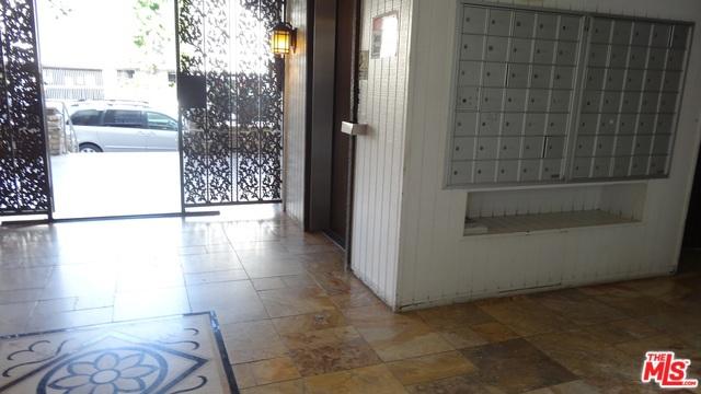 525 S ARDMORE Avenue 108, Los Angeles, CA 90020
