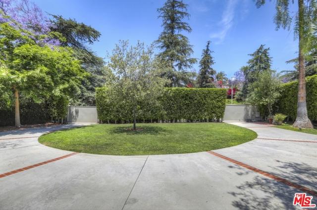 14. 5222 Los Feliz Boulevard Los Angeles, CA 90027