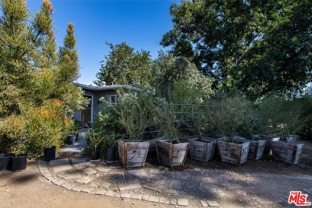 10351 FOOTHILL, Lakeview Terrace, CA 91342