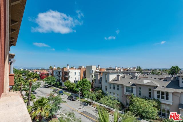 6020 Seabluff Dr, Playa Vista, CA 90094 Photo 8