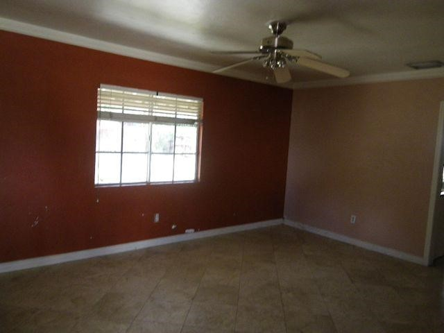 555 Tangerine, El Centro, CA 92243 Photo 1