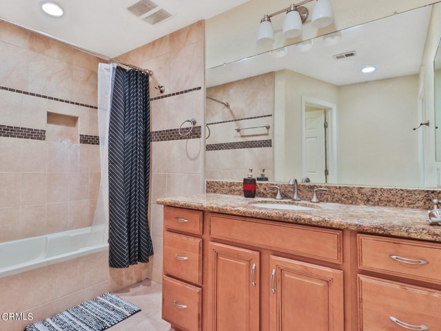 21. 11533 Coralberry Court Moorpark, CA 93021