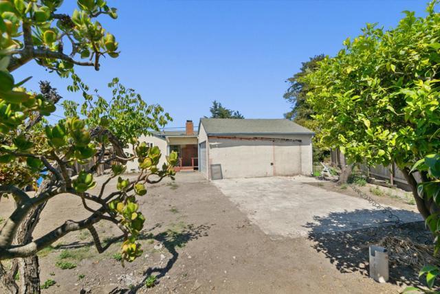 25. 929 Bay Street Santa Cruz, CA 95060