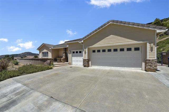 14530 Red Hawk Lane, Poway, CA 92064
