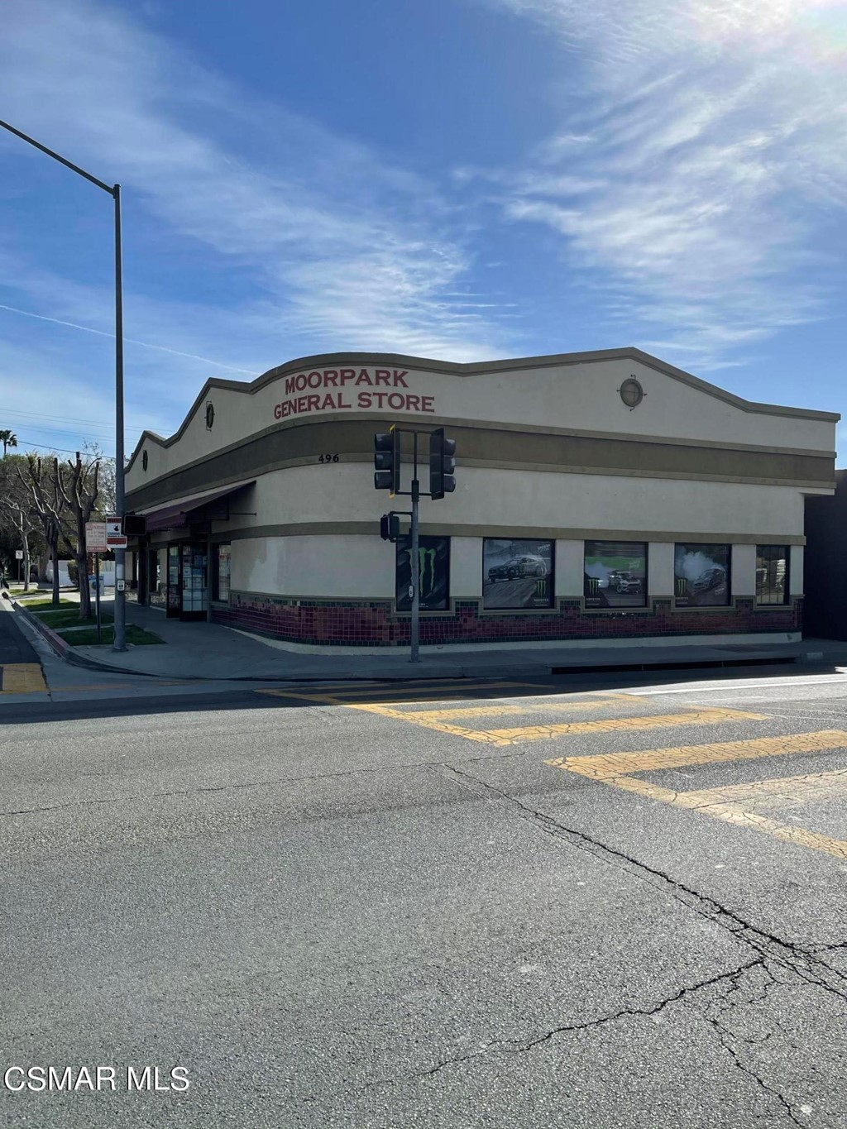 Photo of 496 Moorpark Avenue, Moorpark, CA 93021