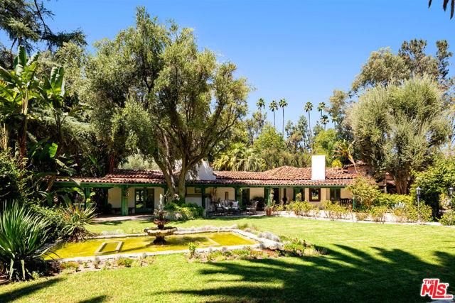 Photo of 5001 Vanalden Avenue, Tarzana, CA 91356