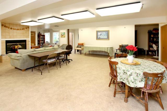 25. 101 Vista Prieta Court Santa Cruz, CA 95062