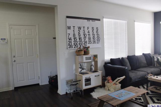 5355 Parkside, Fontana, California 92336, 3 Bedrooms Bedrooms, ,2 BathroomsBathrooms,For Sale,Parkside,316011266