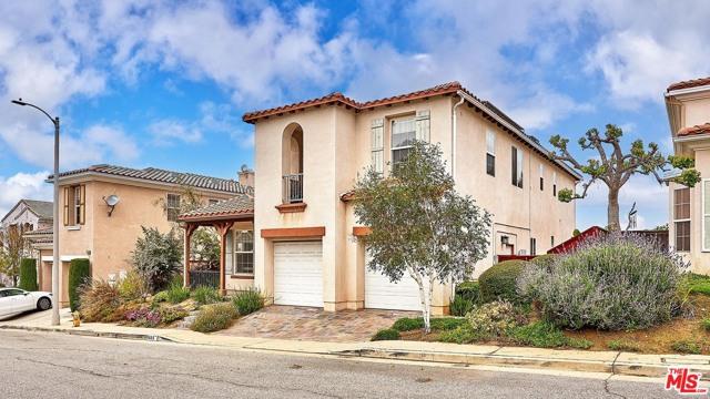 48. 685 Milford Street Los Angeles, CA 90042