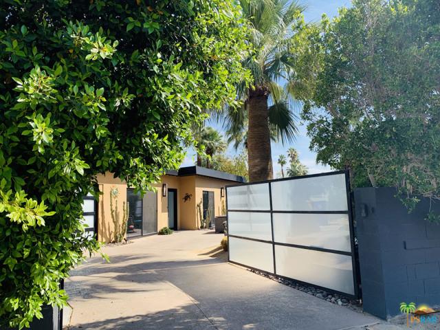 1109 N Sunrise Way, Palm Springs, CA 92262