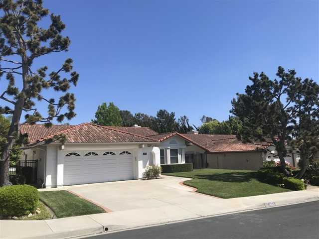 1452 Clark Ct, Vista, CA 92081