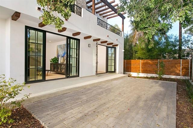 165 Acacia Ave 4, Carlsbad, CA 92008