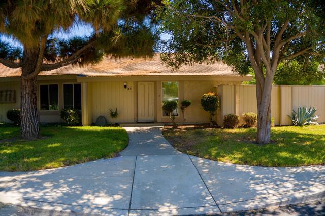 541 Holly Avenue, Oxnard, CA 93036