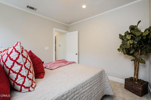 31. 3223 Grandeur Avenue Altadena, CA 91001