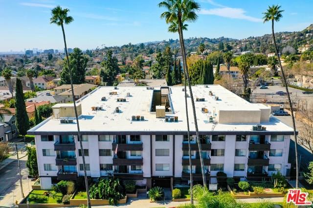 2035 DRACENA Drive, Los Angeles, CA 90027