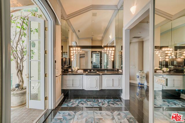 Guest House Baroom Vanity