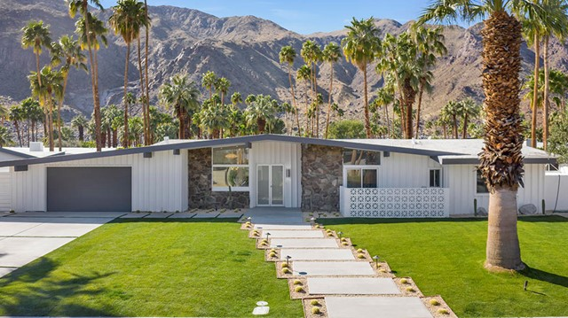 823 Topaz Circle, Palm Springs, CA 92262