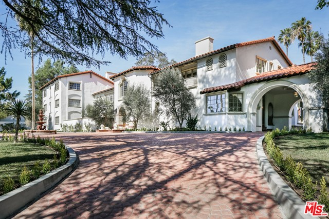 904 Benedict Canyon Drive, Beverly Hills, CA 90210