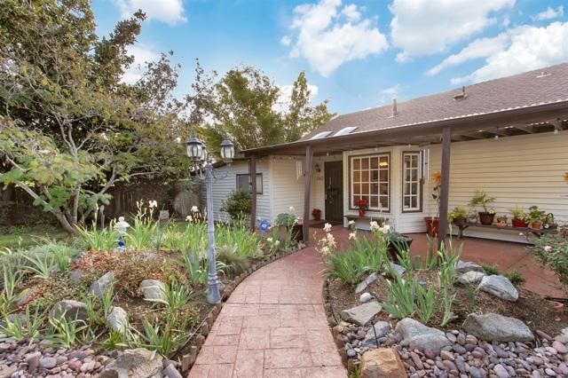 743 Copper Drive, Vista, CA 92083