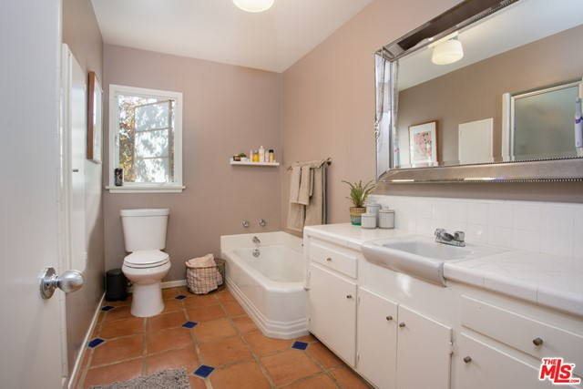 10409 Jimenez St, Lakeview Terrace, CA 91342 Photo 24