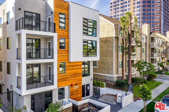 1261 STONER Avenue 201, Los Angeles, CA 90025