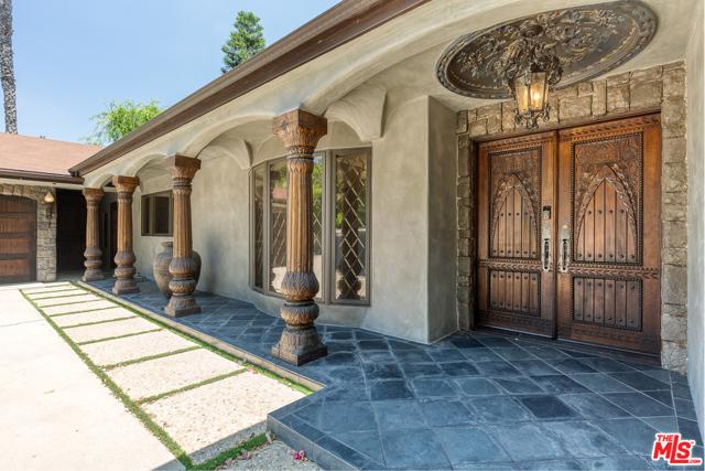 3041 WAVERLY Drive, Los Angeles, CA 90039