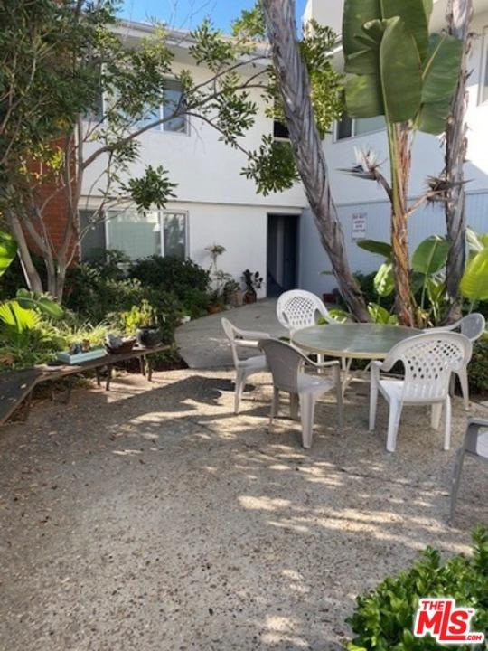 1717 CAMINO DE LA COSTA 7, Redondo Beach, California 90277, 1 Bedroom Bedrooms, ,1 BathroomBathrooms,For Rent,CAMINO DE LA COSTA,20587556