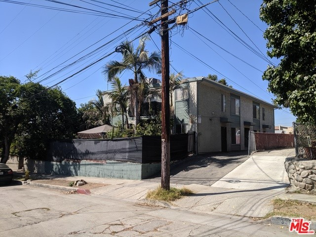 3327 GASSEN Place, Los Angeles, CA 90065