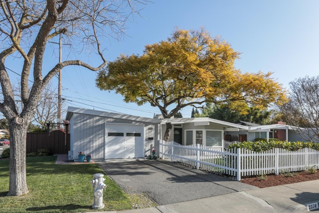 2374 Thompson Court, Mountain View, CA 94043