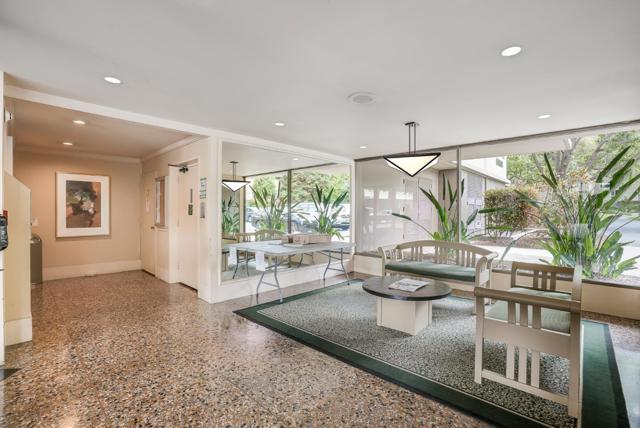 2. 904 Peninsula Avenue #204 San Mateo, CA 94401