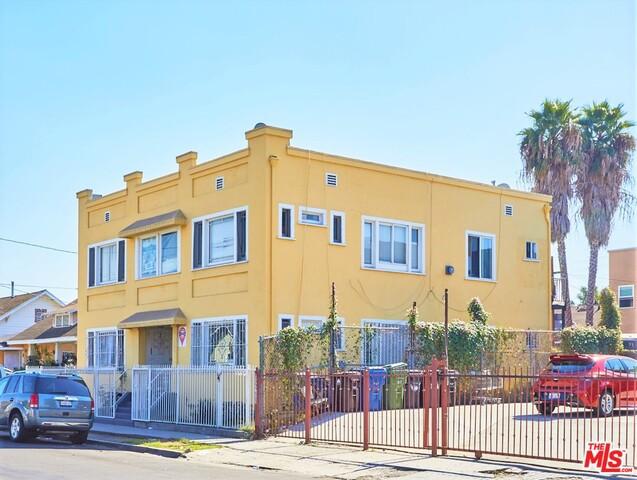 448 W 52ND Street, Los Angeles, CA 90037