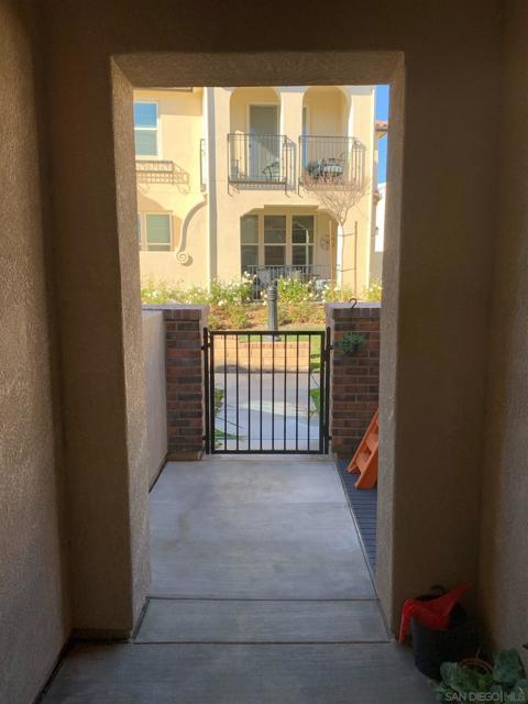 Image 3 of 23923 Calle Del Sol Dr., Valencia, CA 91354
