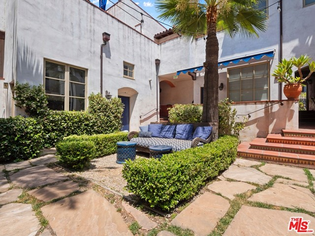 26. 1414 N Harper Avenue #16 West Hollywood, CA 90046
