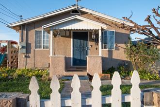 890 2nd Street, Hollister, CA 95023