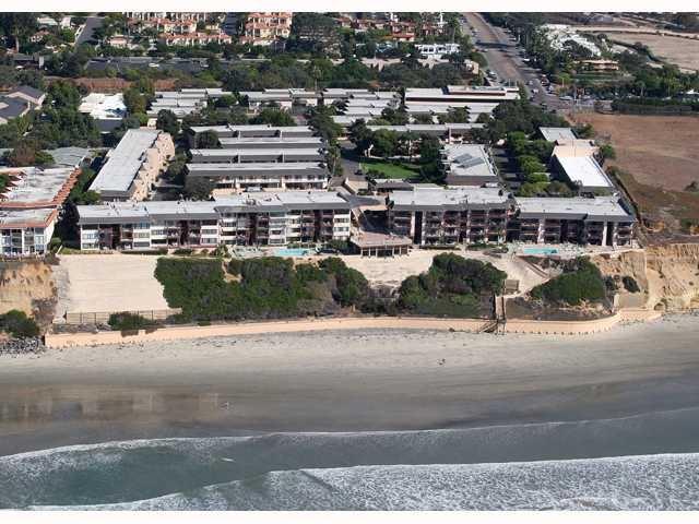 754 Ocean Surf Dr, Solana Beach, CA 92075