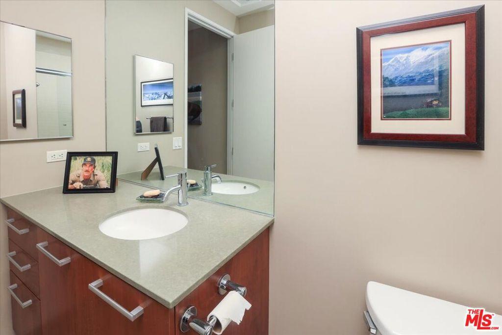 Bathroom 2 - single basin